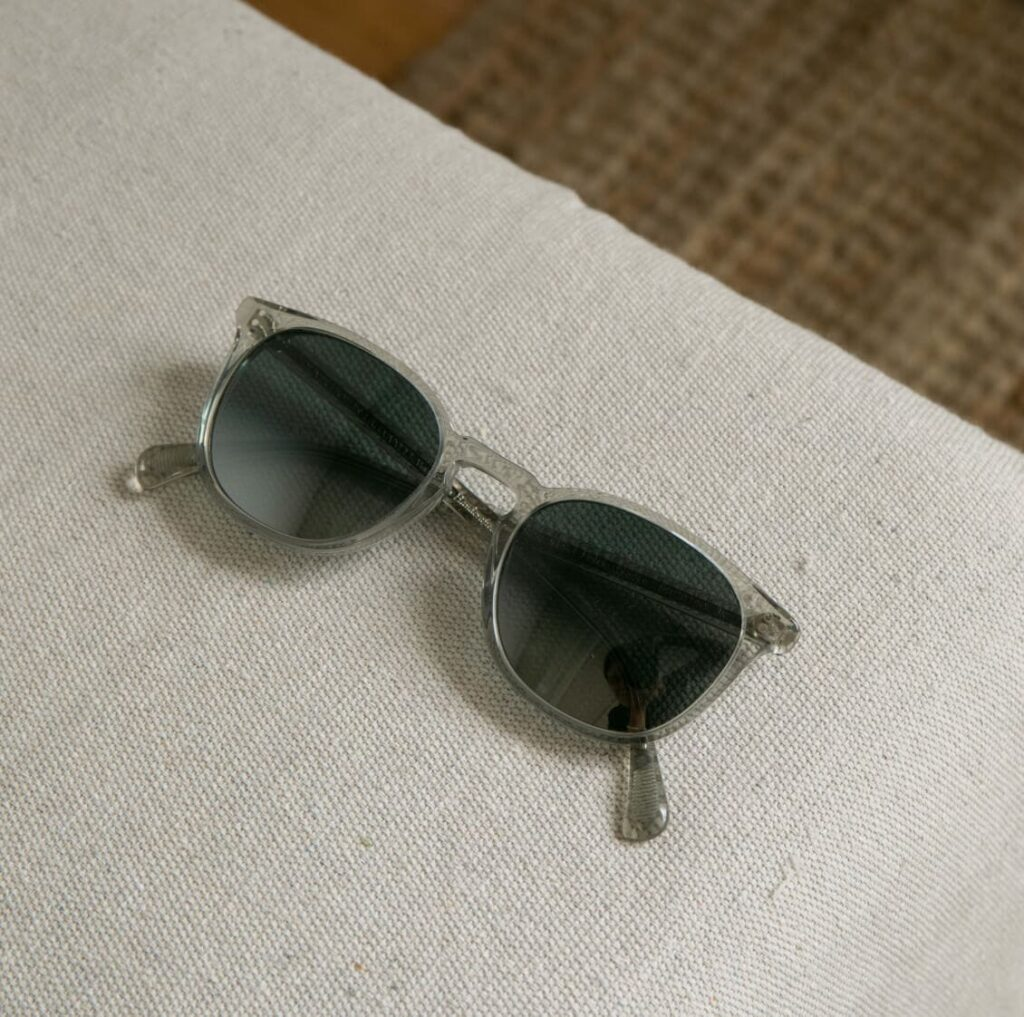 Oliver Peoples Sunglasses Finley Esq. Round Frame